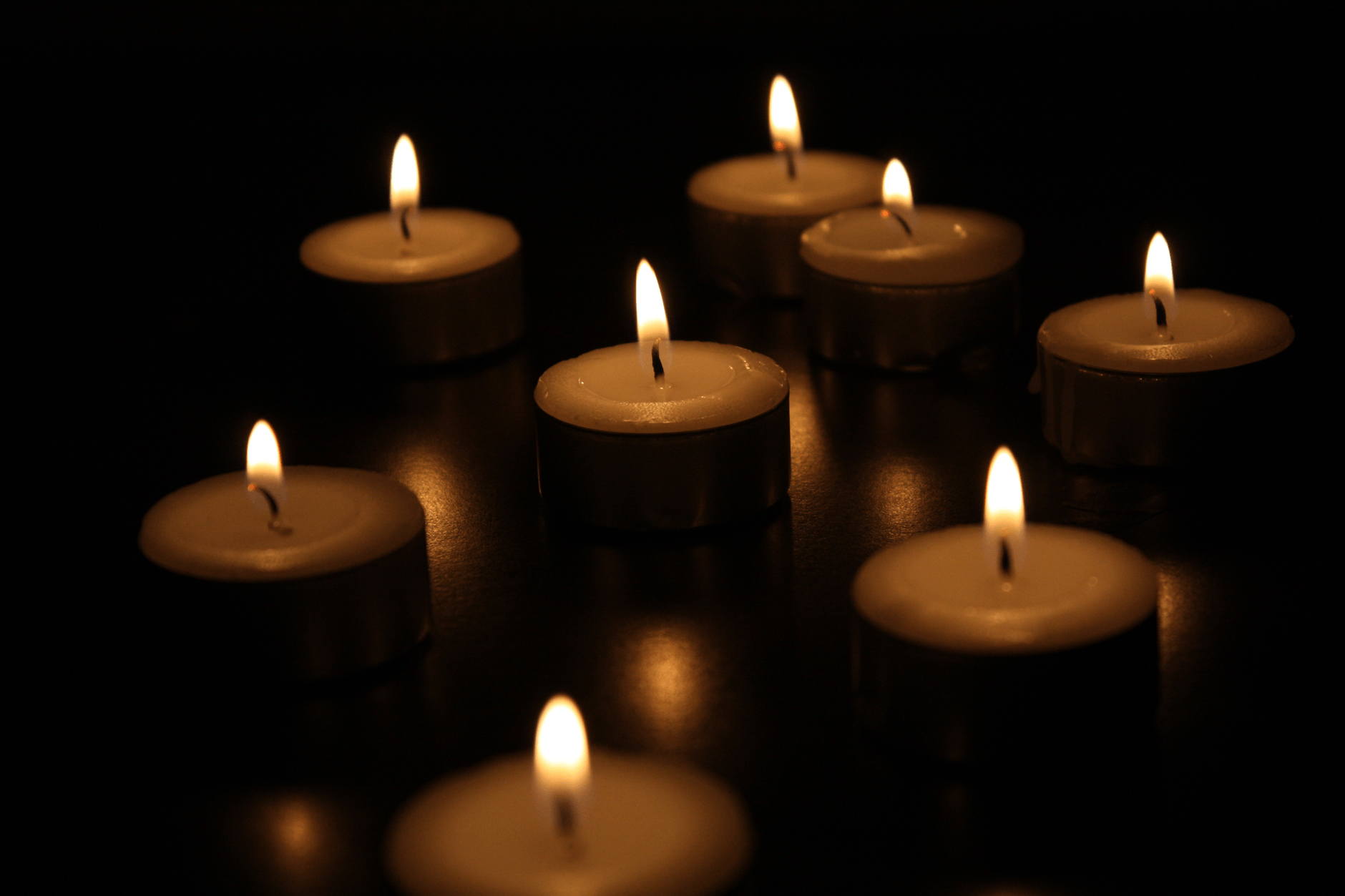 Candles-not-to-give-as-a-gift