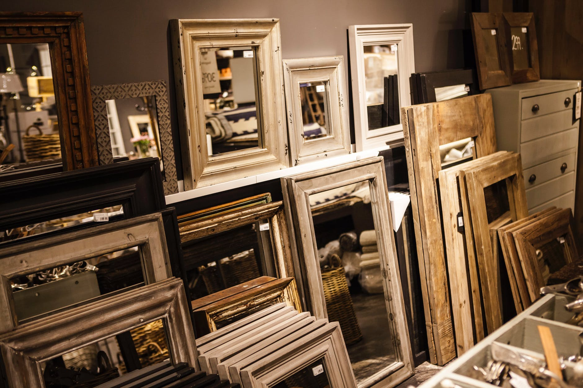 Mirrors-not-to-gift-as-a-gift